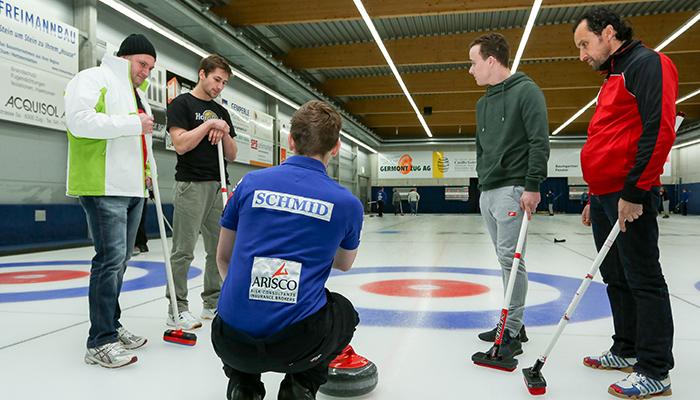 Partner in Curlinghalle